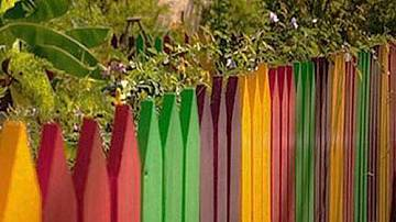 Creative decorative fences for the yard and the garden
