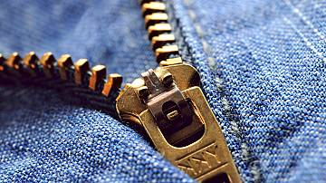 Zipper unzipping by itself on public? Never again!